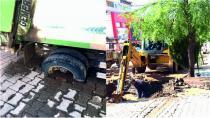 Yolu Çökerten Kanalizasyon Arızası Ekipler Tarafından Yapıldı