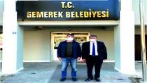 Sivas il genel meclisi başkanı Hakan Akkaş Belediye Başkanı Remzi Kılıçdağı'nı ziyaret etti.