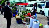 Belediye Başkanı Kılıçdağı Salı Pazarını Ziyaret Etti